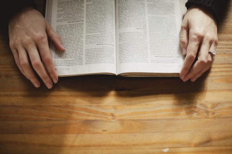qual método você usaria para marcar sua bíblia de estudo e por quê?
